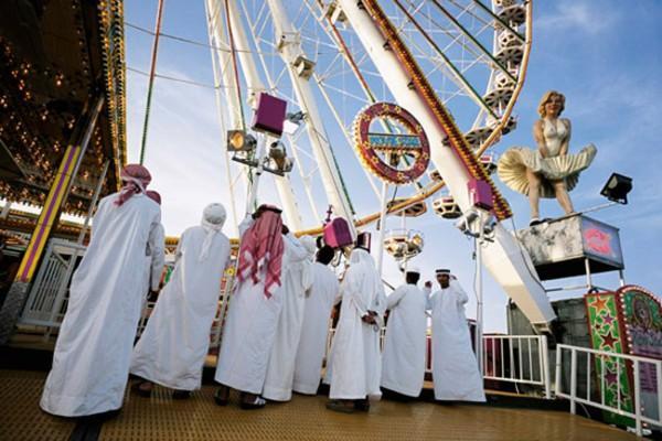 Les bédouins du Golfe financent Daech et s'éclatent dans l'Occident «impie». D. R.