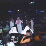 Des prostituées marocaines et leurs clients saoudiens à Manama. D. R.