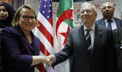 Le secrétaire général du FLN s'adonne au jeu des pronostics devant les Américains