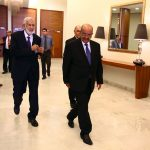 Abdelkader Messahel avec le ministre libyen des Affaires étrangères, à Alger. New Press