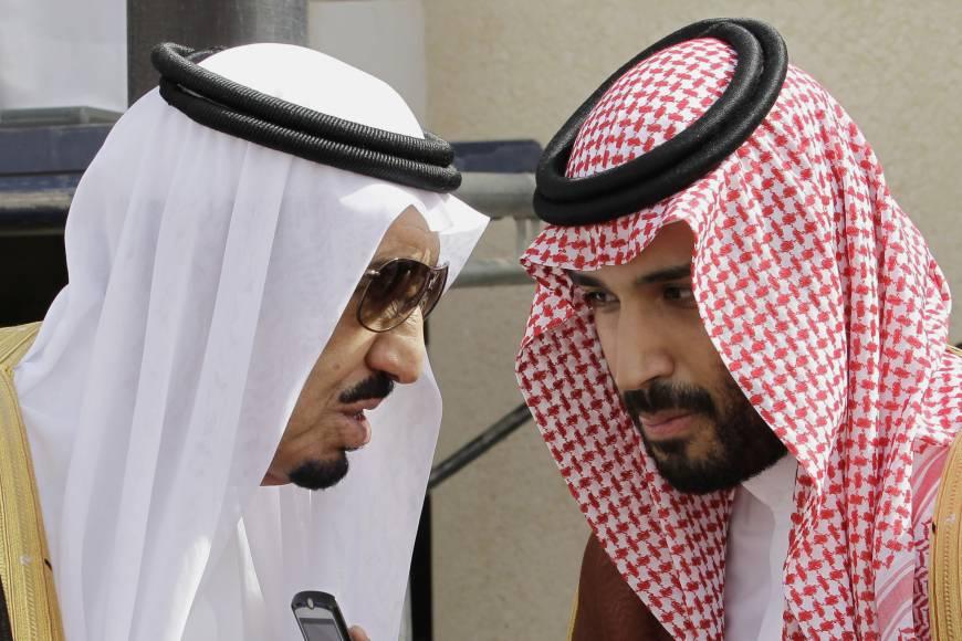 Le roi Salmane et son fils Mohammed, héritier du trône. D. R.