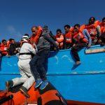 Les navires humanitaires sont dépassés. D. R.