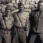 Le colonel Ouamrane (à droite) avec Larbi Ben M'hidi et Krim Belkacem. D. R.