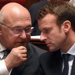 Le ministre de l'Economie français, Michel Sapin, avec son prédécesseur, Emmanuel Macron. D. R.