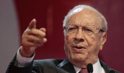 Les émeutes enflent à Tataouine : Essebsi craint une tentative de coup d'Etat