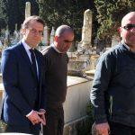 Emmanuel Macron tiendra-t-il parole ? Ici, lors de sa visite à Alger. New Press