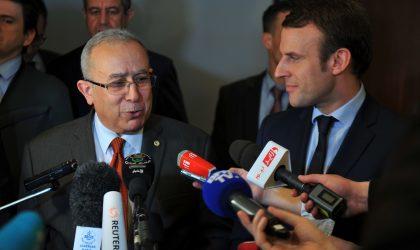Bouteflika et Macron s'entretiennent au téléphone