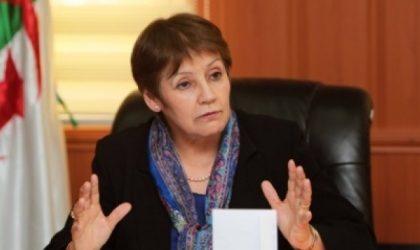 Education : les syndicats déclarent la guerre à Nouria Benghabrit