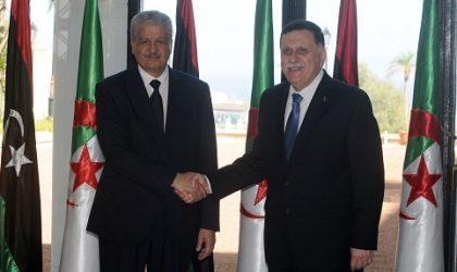 Al-Sarradj en visite à Alger