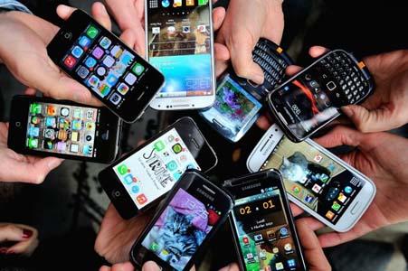 L'importation, entre autres, de téléphones portables est possible. D. R.