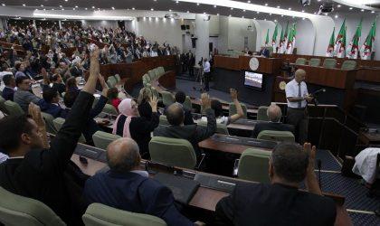 L'APN adopte son plan d'action : les quatre chantiers d'Ouyahia
