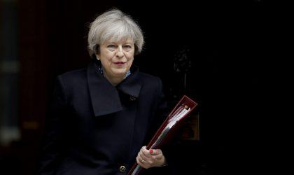 Theresa May reconnaît la mollesse des lois britanniques et assure qu'elle les changera
