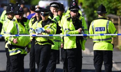 Newcastle : une voiture fonce dans la foule à la sortie d'une mosquée