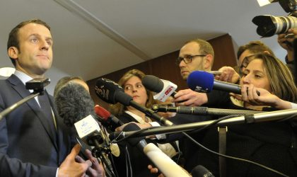 Le président français Emmanuel Macron soumet des propositions à Bouteflika