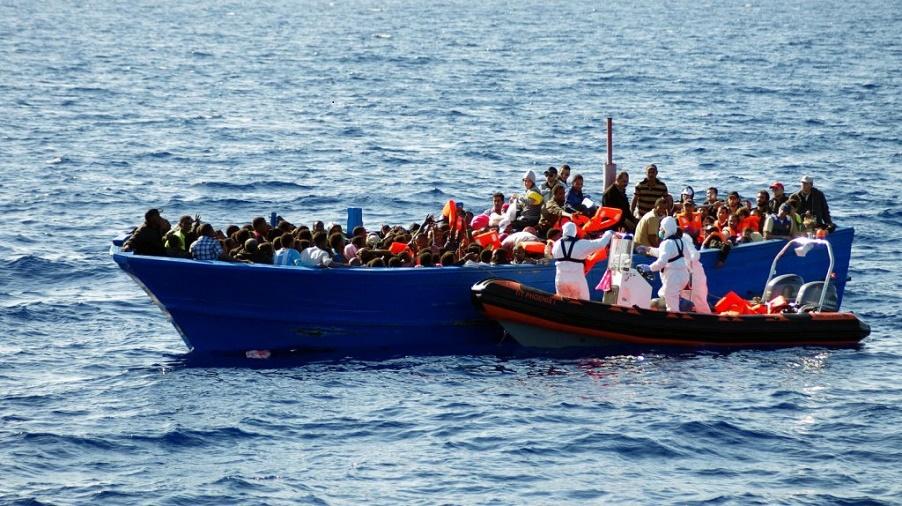 Opération d'interpellation au large des côtes algériennes. D. R.