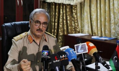 Selon Maghreb Intelligence : l'Algérie ménage le général Haftar