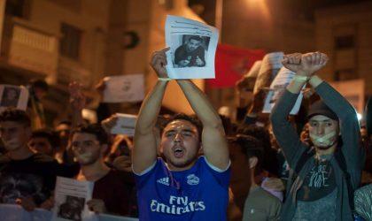 Une vidéo du militant Zefzafi humilié en prison attise la colère des Marocains