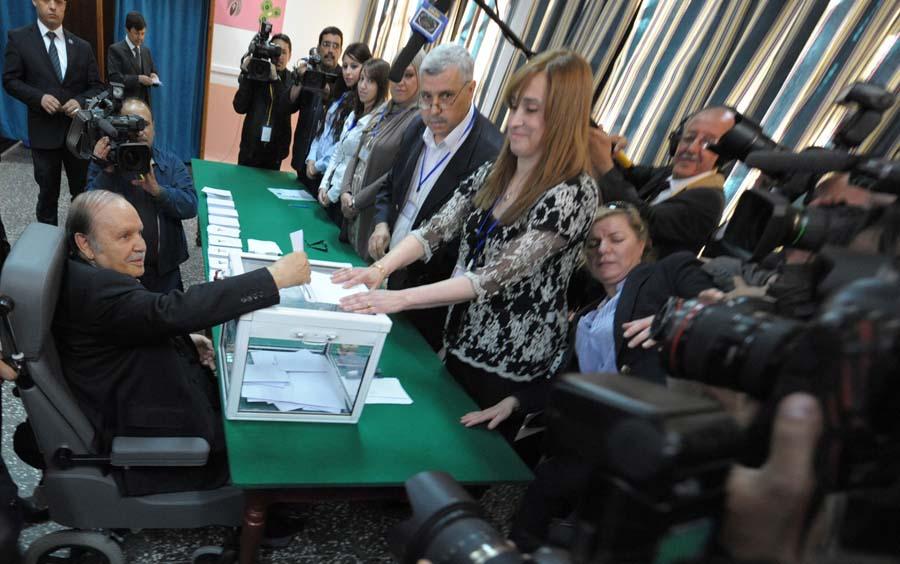 Bouteflika pouvoir
