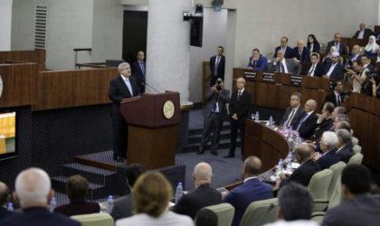 Ouyahia présente le plan d'action du gouvernement à l'APN