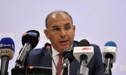 Zaâlane veut lancer le projet du port d'El-Hamdania dans les plus brefs délais