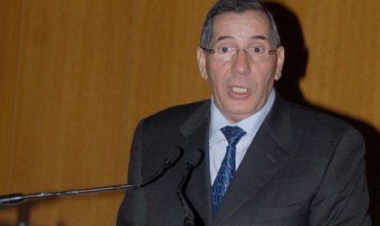 Noureddine Boukrouh lance de graves accusations contre Bouteflika