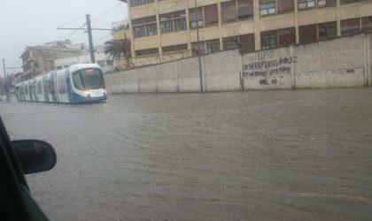 Tramway d'Alger: perturbation du trafic pour cause d'inondation