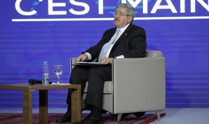 Ouyahia supprime les nouvelles licences d'importation