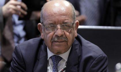 Messahel reçoit le nouvel ambassadeur du Royaume-Uni en Algérie