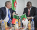 L'ambassadeur du Bénin visite les usines de Condor Electronics