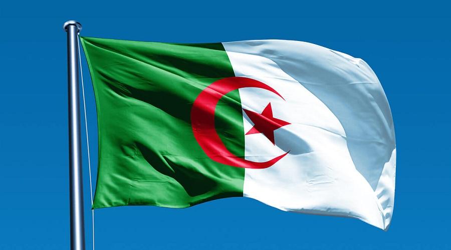 Algerie Drapeau quand les valeurs novembristes mobilisaient même les français
