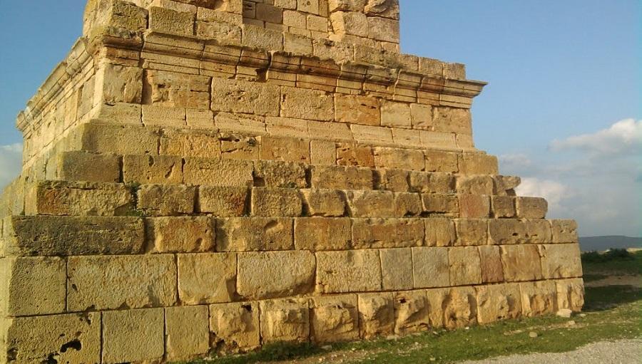 tombeau Massylès
