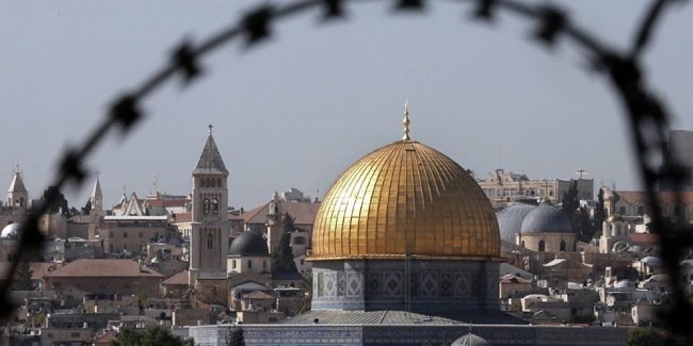 La question d'El-Qods devait faire partie d'un accord négocié entre Israéliens et Palestiniens dans le cadre d'une solution à deux Etats