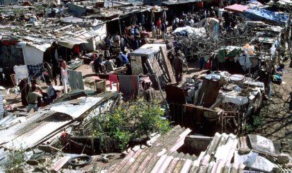 La misère au Maroc : attaque et pillage collectifs d'un camion transportant des boissons