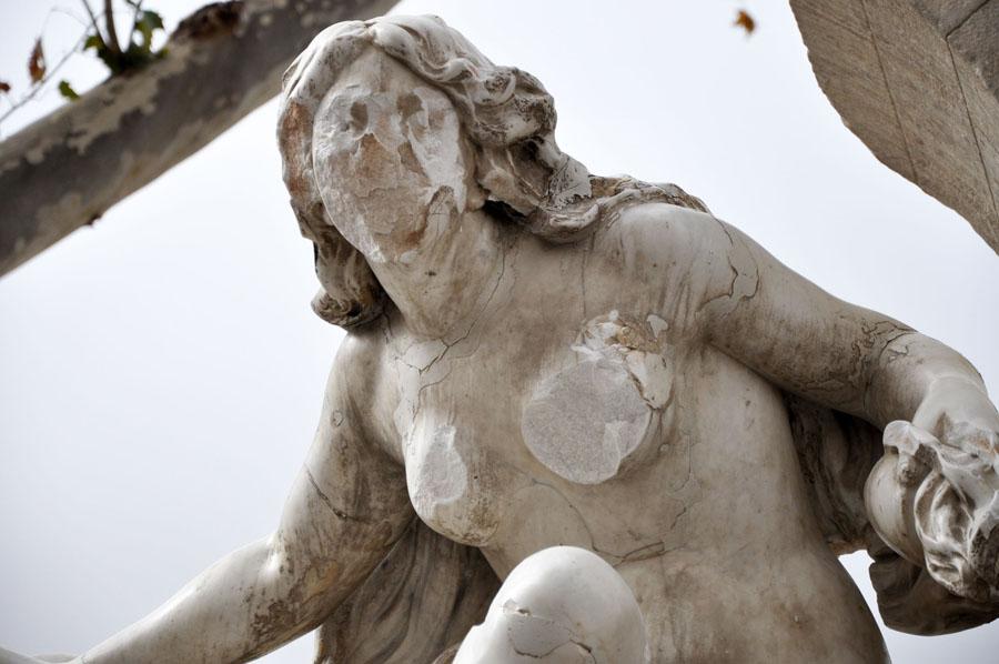 Fouara 2 statue