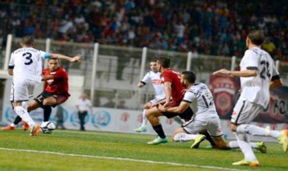 Ligue 1 Mobilis : victoire de l'USM Alger devant l'ES Sétif (2-1)