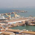 Les travaux portent sur la mobilisation des eaux sur une surface de 16,5 hectares pour atteindre 23,5 ha et la réalisation d'un quai de 460 mètres de long et 14 mètres de profondeur