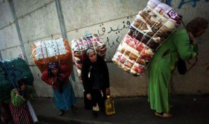 Chaque nuit, des milliers de Marocaines font la queue pour rentrer au pays