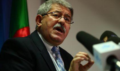 Ouyahia au sujet de la banderole : «Les lois algériennes imposent le respect des chefs d'Etat»