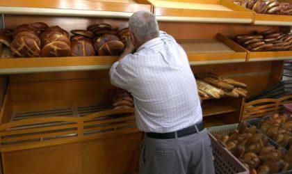 La baguette de pain à 15 DA : les boulangers défient l'autorité de l'Etat