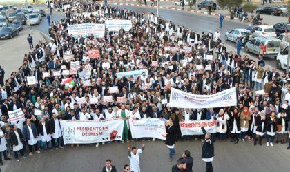 Selon le Camra: les médecins-résidents maintiennent leur mouvement de grève