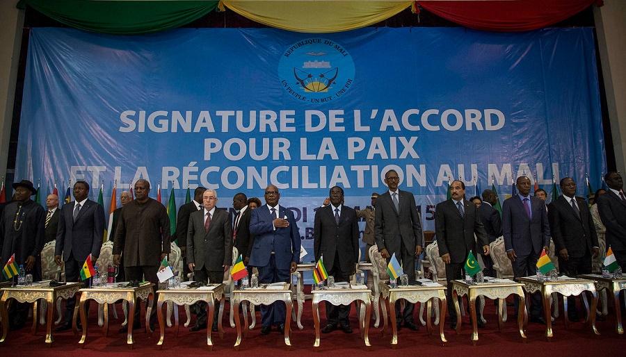 Le Premier ministre malien, Soumeylou Boubèye Maïga, effectue depuis samedi une visite de travail de deux jours en Algérie