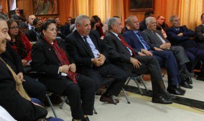 La campagne précoce pour le 5e mandat de Bouteflika divise le FLN