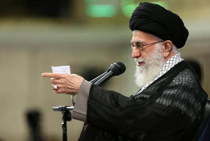 Pour Khamenei, l'Arabie Saoudite coopère avec les Etats-Unis et l'entité sioniste pour combattre les musulmans