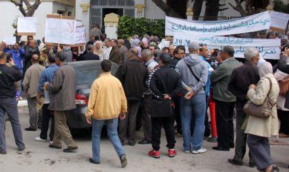 Cinq syndicats de l'éducation se soulèvent contre Benghebrit
