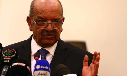 Messahel signe le protocole additionnel au Traité de non-prolifération des armes nucléaires