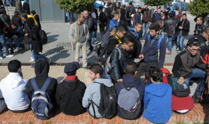 Révocation des enseignants grévistes: plusieurs sit-in d'élèves au niveau de lycées à Alger
