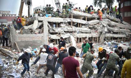 Un tremblement de terre secoue Mexico