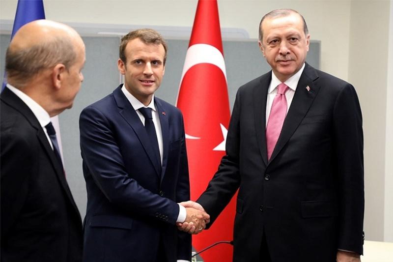 La France n'a pas de leçons à donner à la Turquie
