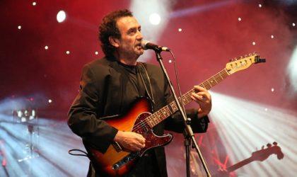 Cheikh Sidi Bémol en concert à Alger
