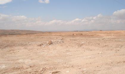 Une faille géante apparaît dans le sol après le séisme de Mila